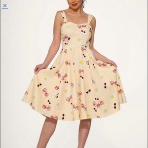 Hearts & Roses London Fit & Flair sundress